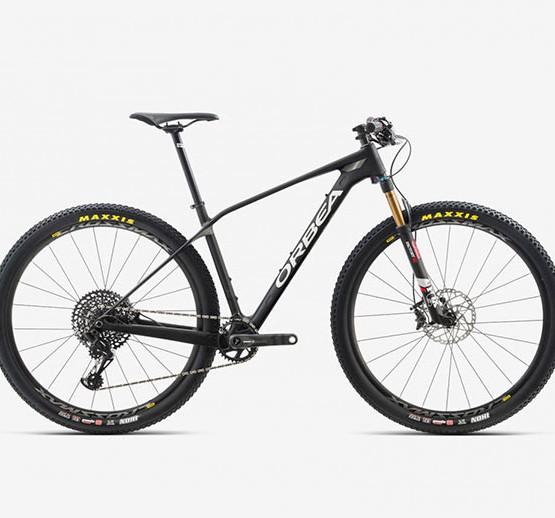 Bicicleta Orbea Alma carbono 29 M15 Eagle 2018