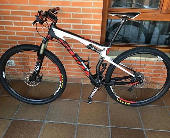 Bicicleta Scott Spark 910 usada